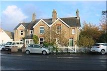TL2866 : Houses on Potton Road, Hilton by David Howard