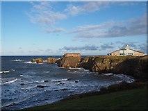 NT6779 : Rough Sea below Dunbar Leisure Pool by Jennifer Petrie