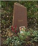 TQ2886 : View of Alexander Litvinenko's grave in Highgate West Cemetery by Robert Lamb