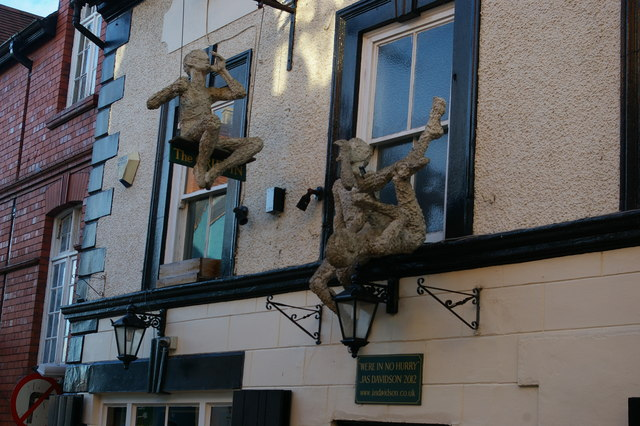 Oswestry: sculptures on the Griffin pub, Albion Hill