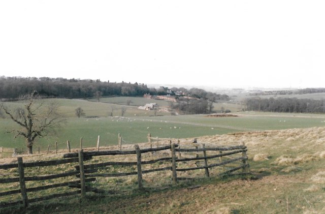 Looking north from the Leicestershire Round
