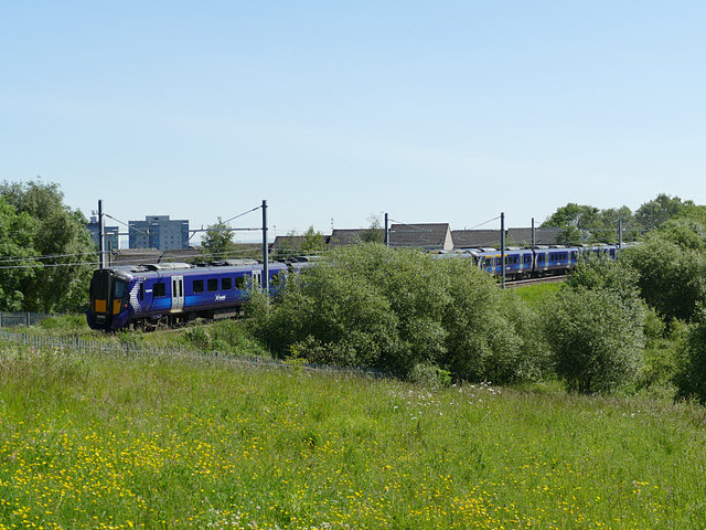 Train passing Tamfourhill