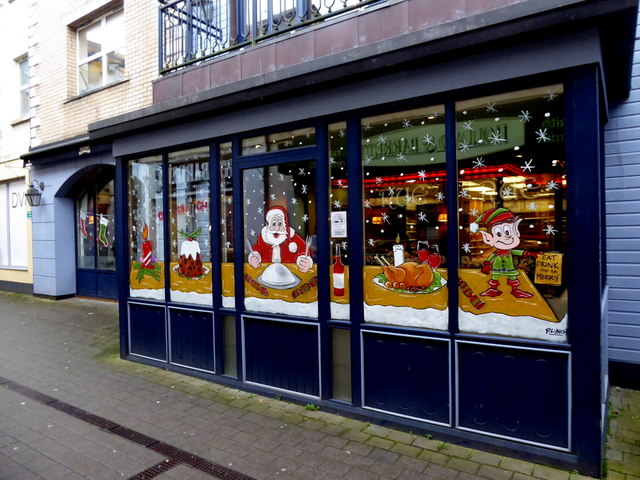Window at Rue decorated for Christmas, Omagh