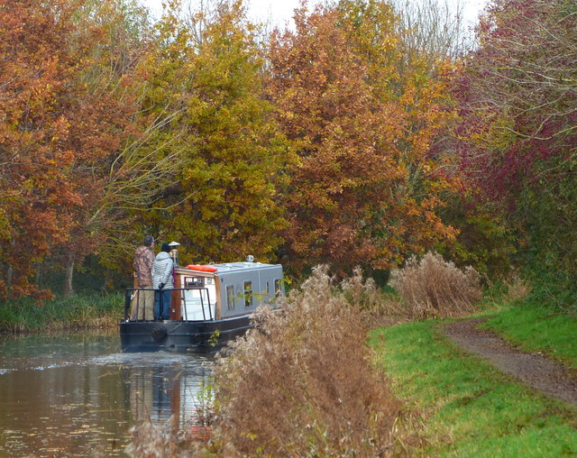 Narrowboat on the Market Harborough Arm of the Grand Union Canal