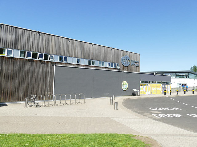 Cycle parking and coach drop off at the Falkirk Wheel