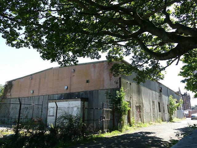 Derelict building on Carmuirs Street