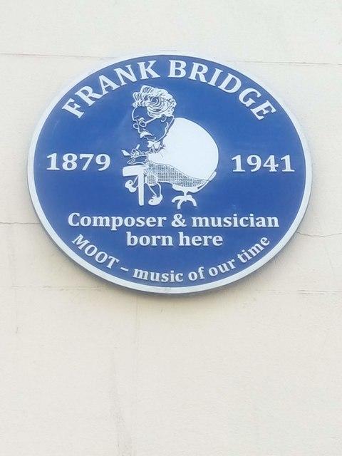 Brighton: plaque marking birthplace of Frank Bridge, North Road
