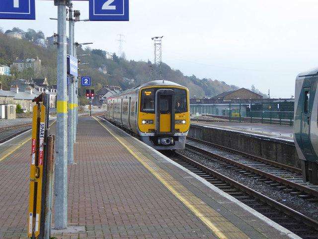 Platform 2 arrival, Kent station, Cork