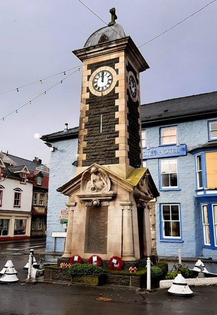 War memorial clock tower, Rhayader