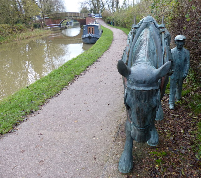 Sculpture along the towpath near Foxton Locks