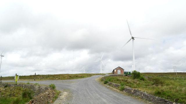 Tullynahaw Wind Farm, Co Roscommon