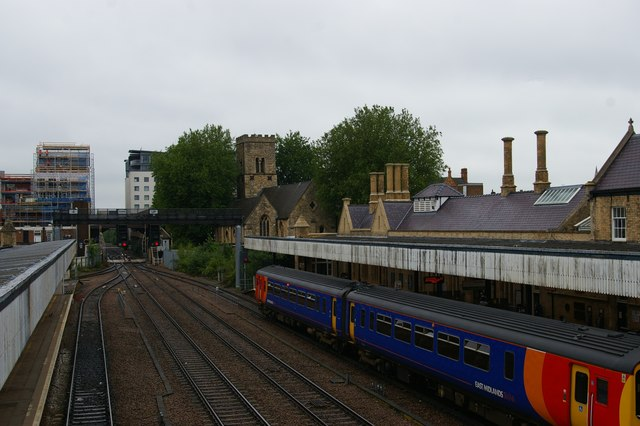 Lincoln Central station, looking west from the footbridge