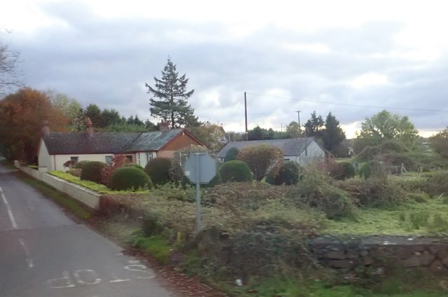 Cottage at the Aughnagone Road junction on the B8
