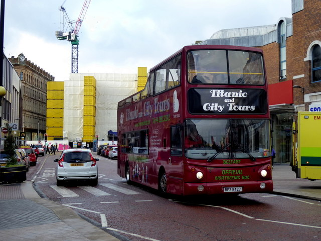 Titanic and City Tours bus, Belfast