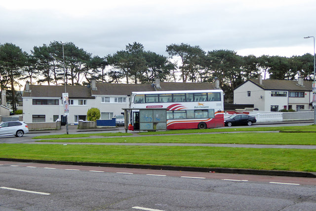 Bus stopped on Harbour View Road, Cork 3