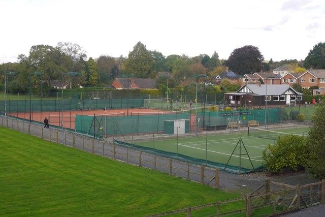 Ludlow Tennis Club, Linney