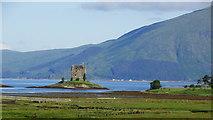 NM9247 : Castle Stalker & Loch Laich by Colin Park