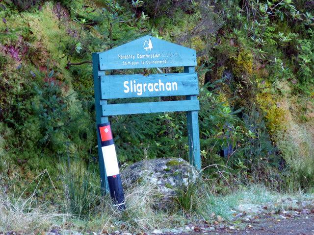 Forest track sign at Sligrachan