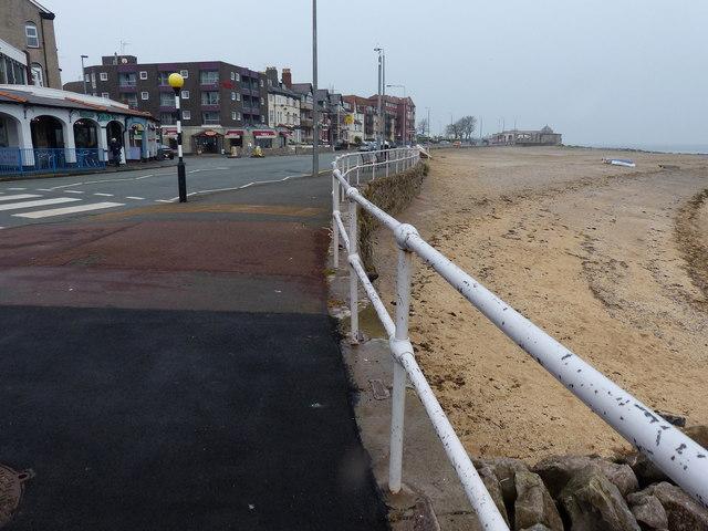 Rhôs promenade and beach at Rhôs-on-Sea