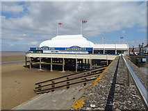 ST3049 : Burnham Pier by JThomas