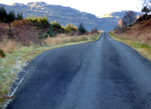 Minor road to Whistlefield