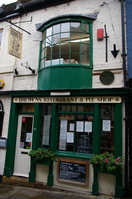 Lincoln: Brown's Restaurant and Pie Shop on Steep Hill