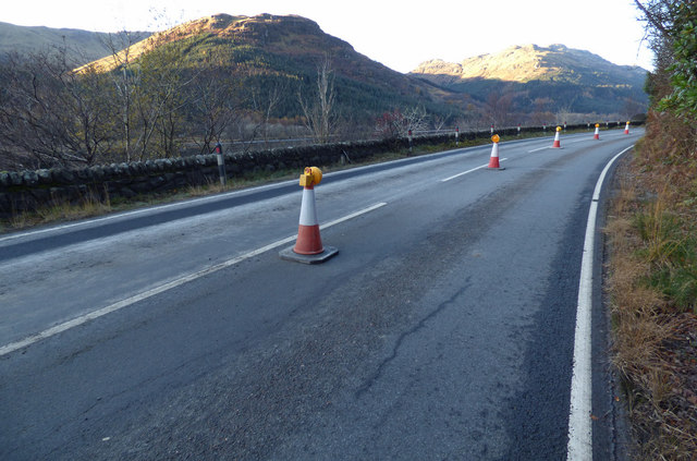 The A815 road at Loch Eck