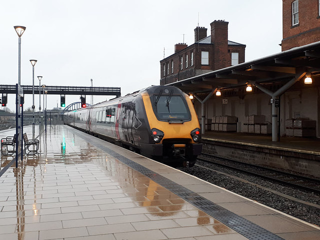 Derby station - Voyager to Edinburgh