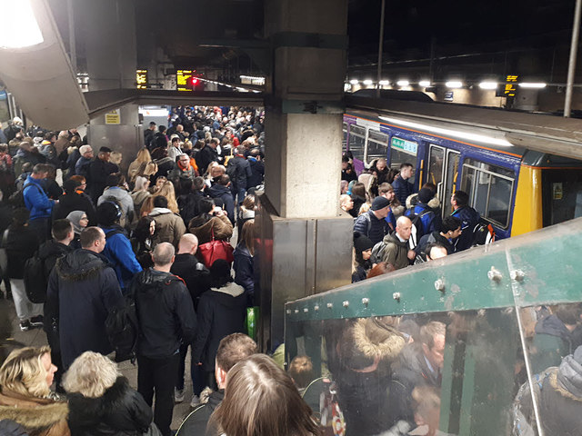 Rush-hour crowds at Manchester Victoria station