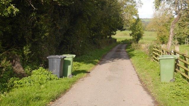Road to Tipton Hall