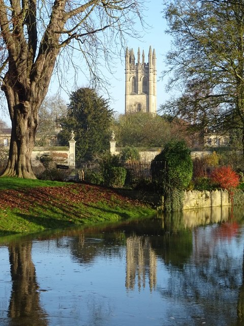 Magdalen bell tower reflected in the River Cherwell
