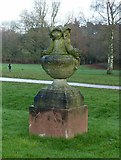 SK6464 : Rufford Abbey Country Park – urn 4 by Alan Murray-Rust
