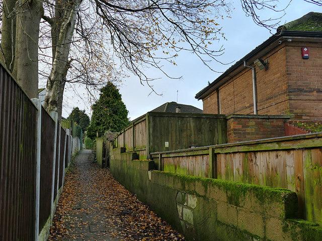 Footpath off Harrogate Road, Eccleshill
