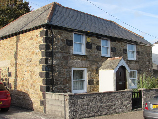 Cottage on Churchtown Road with Slag Block Quoins