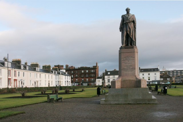 Statue, Wellington Square