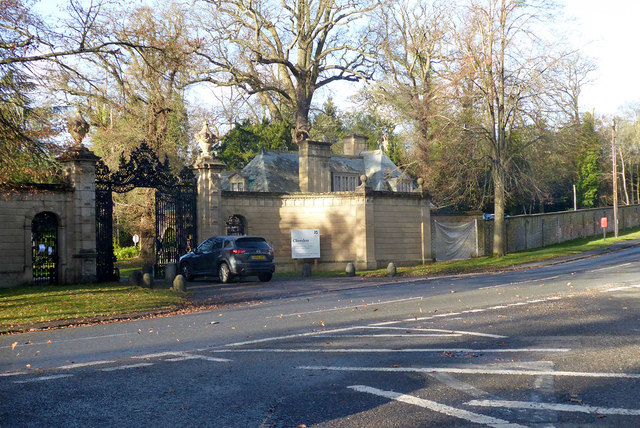 Gate and Feathers Lodge, Cliveden