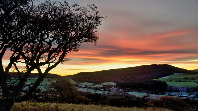 Sunrise on Cliff Rigg