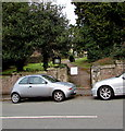 ST3088 : Serpentine Road entrance to a churchyard, Newport by Jaggery