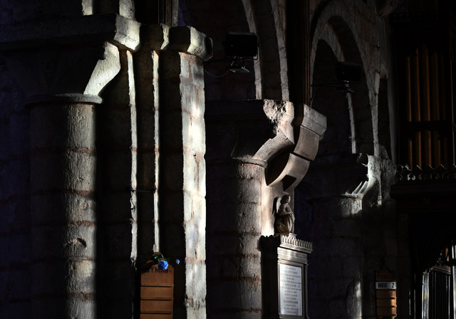 Norman pillars, Ss Mary & Martin's church, Blyth