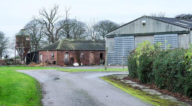 Farm buildings in Swinefleet