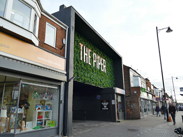The Piper, Newland Avenue, Hull