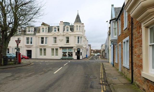 Stenton Row, Elie