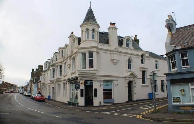Former Queen's Hotel, Elie