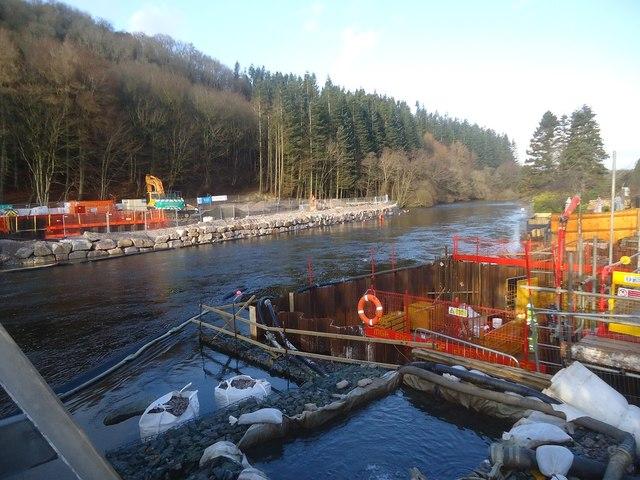Building the new Pooley Bridge