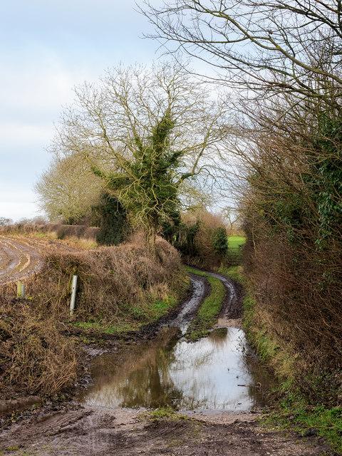Spring Lane heading north from B5026