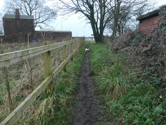 Field Head footpath, temporarily blocked
