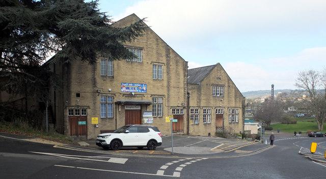Bingley Pool, Myrtle Place