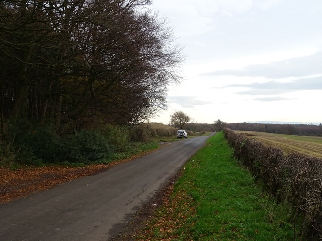 Minor road near Howend