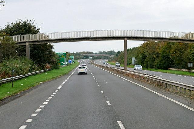 Northbound A78, Footbridge at Meadowhead Industrial Estate