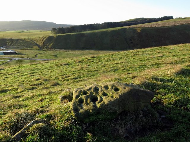 Prehistoric cup and ring marked rock, Clennell Hill